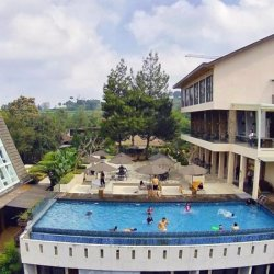 Outbound gathering outing di bandung - nginap di hotel green forest bandung - Java Organizer