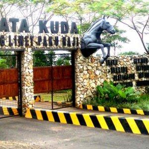 Outbound Gathering - Wisata Kuda Paku Haji
